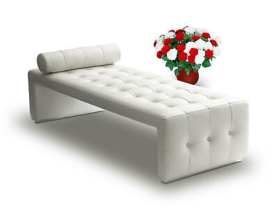 Bauhaus Leather Récamière Daybed Chaiselongue Cube designed. Real leather Creme