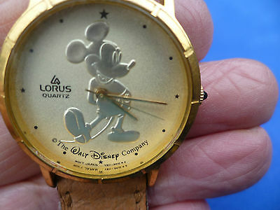 ladies/child vintage disney MICKEY MOUSE Lorus Quartz watch