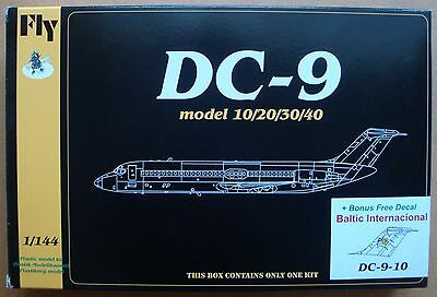 "FLY KITS 14427 DC-9-10 ""Baltic International"" in 1:144"