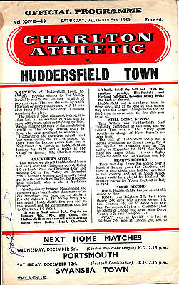 CHARLTON ATHLETIC v HUDDERSFIELD TOWN  59-60 LEAGUE MATCH AUTOGRAPHED