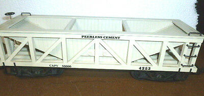 G Scale Delton Peerless Cement 2-bay Hopper 4253