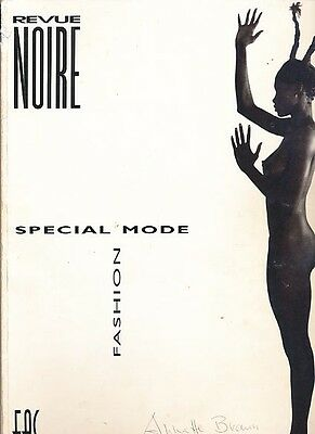 The Costume is Naked. Revue noire; 27. Special Mode african fashion. N'Gone, Fal