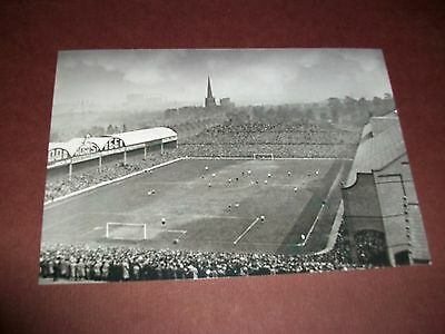 "ASTON VILLA  VILLA PARK  FOOTBALL GROUND  1940s ?  (A)    6""x4""  REPRINT"
