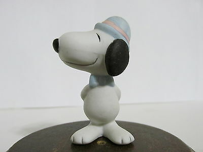 Snoopy Peanuts Charlie Brown Willitts Porcelain Easter Figure Figurine 1990