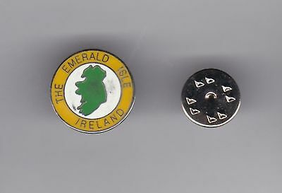 """Ireland """"The Emerald Isle"""" - lapel badge butterfly fitting"""