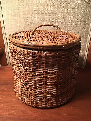 EXCELLENT Antique Chinese REINFORCED Woven BAMBOO & Wicker Sewing BASKET w/ Lid