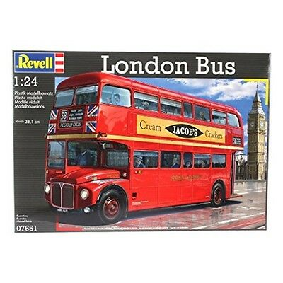 Revell 1:24 Scale London Bus Plastic Kit - 124 07651 Model