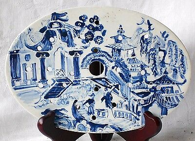 Early C19Th Staffordshire Oval Pearlware Drainer With An Oriental Picture