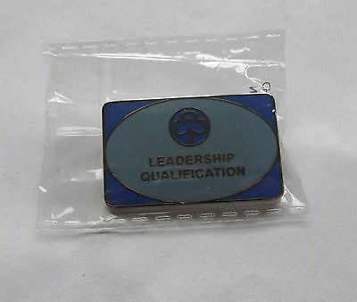 Uk Girl Guides: Mint In Bag - Leadership Qualification Pin Badge