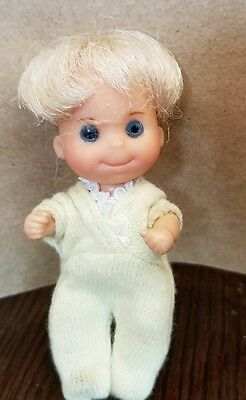 Vtg. 1973 Mattel Sunshine Family Blonde Baby Sweets w/ Yellow Clothes Doll Toy