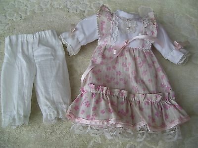 Alte Puppenkleidung PinkWhite Frilly Dress Outfit vintage Doll clothes 30cm Girl