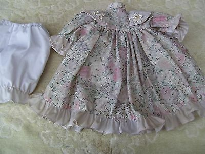 Alte Puppenkleidung Pastel Flowery Dress Outfit vintage Doll clothes 40 cm Girl