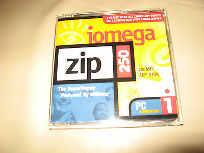 New Iomega 250Mb Zipdisk Pc Formatted.still Sealed.