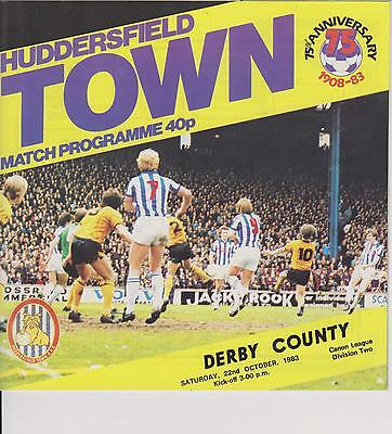 HUDDERSFIELD TOWN v DERBY COUNTY 83-84 LEAGUE  MATCH