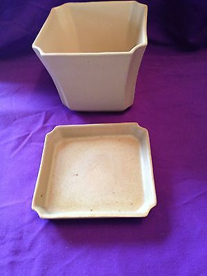 Charming Honiton pottery Art Deco flower pot cover and saucer