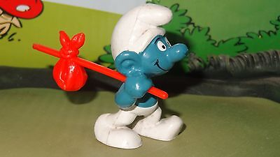Smurfs Traveler Smurf (Short Hobo Stick Variation) Rare Vintage Toy Figurine