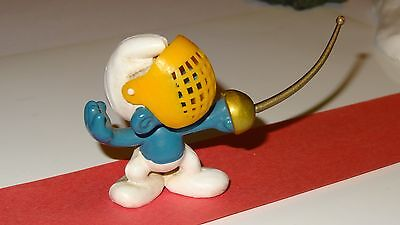 Smurfs Fencer Super Smurf Olympic Swordfighting Rare Vintage Display Figurine