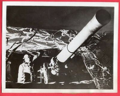 1940 British Camouflaged Artillery Position in France 7x9 Original News Photo