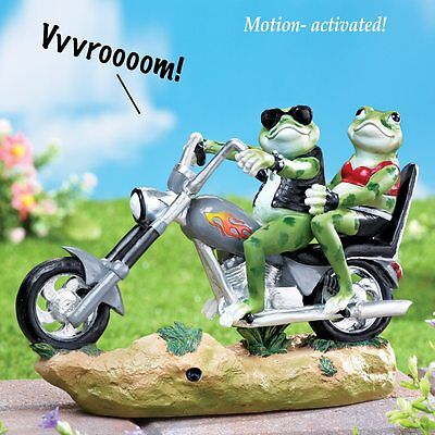 Biker Frog Statue on Motorcycle Reptile Frogs Garden Sculture NEW