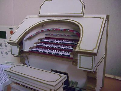 theatre organ  white and gold finish hand made. Low start with no reserve.