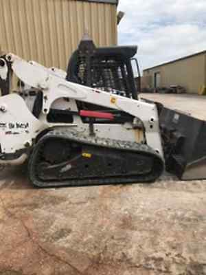 2013 BOBCAT T750 MULTI-TERRAIN COMPACT TRACK LOADER with 2,926 HOURS