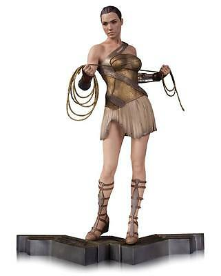 DC Collect. Wonder Woman Movie Statue 1/6 Wonder Woman in Training Outfit 32 cm