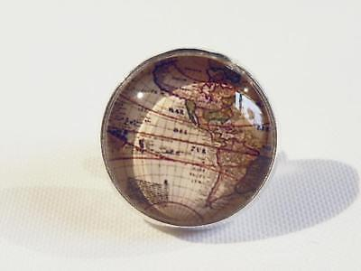 Tie Tack With Glass Dome - Map Of S & N America - Gift Bag - Free P&p......w0620