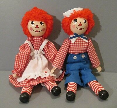 """Wooden """"Raggedy Ann and Andy"""" Dolls"""