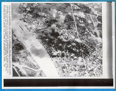 1960s North Vietnam Bombing Mission Hiaphong Harbor Original Wirephoto