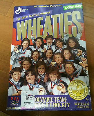 Vintage 1998 General Mills Wheaties box womens' ice hockey team FACTORY SEALED