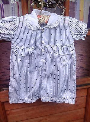 Gorgeous Vintage Babies Romper With Sailing Boats Print 12-18M Classic Look. Vgc