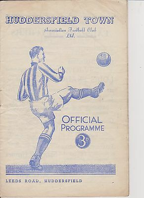 HUDDERSFIELD TOWN v WOLVERHAMPTON WANDERERS 53-54 LEAGUE MATCH WOLVES CHAMPIONS