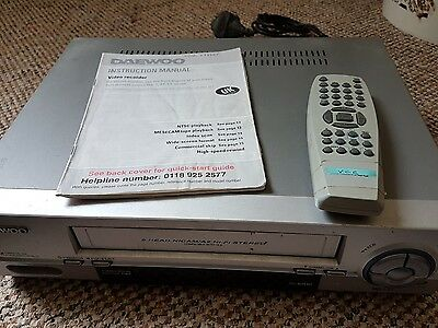 Daewoo ST862P VCR Video Player With Remote