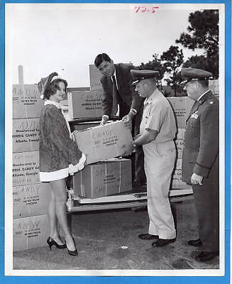 1965 USAF Tyndall Air Force Base Candy Drive for Vietnam Original Press Photo