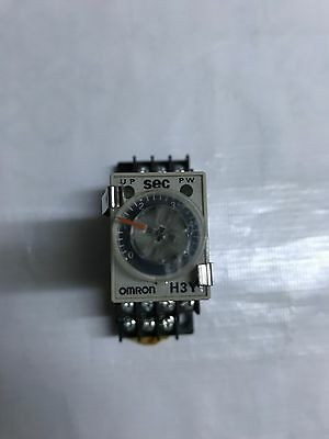 Omron H3Y-4 timer with socket base H3Y4