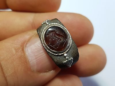 ROMAN RING WITH HORSE INTAGLIO 1st,3rd Century AD