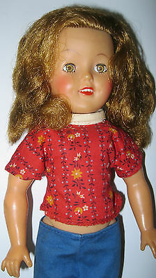 SHIRLEY TEMPLE ST-12 DOLL w/ BLUE PEDAL PUSHERS RED FLORAL SHIRT & SHOES