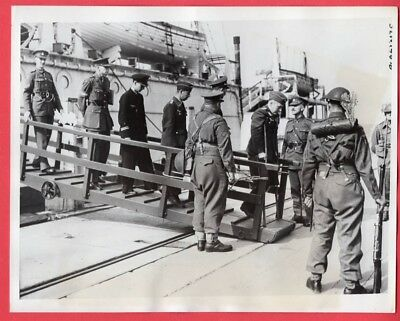 1941 German POWs to be Repatriated at Port of Newhaven 7x9 Original News Photo