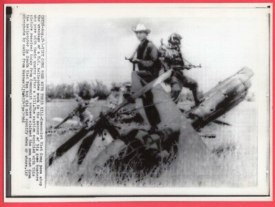 1966 VC Viet Cong Posing on Their Kill in Vietnam Helicopter Original Wirephoto