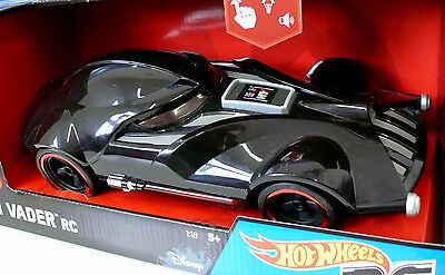 Hot Wheels - Star Wars: RC Fahrzeug Darth Vader mit Licht & Sound