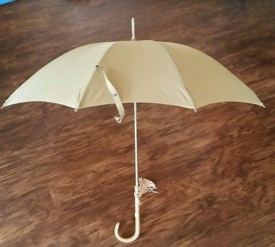 Beautiful Vintage Bakelite Handle Olive Umbrella w/tassle and Sleeve.