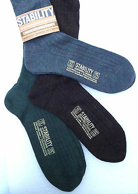 STABILITY Mens long socks UNUSED vintage 1970s UK shoe size 10 Wool nylon