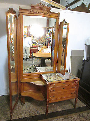 57936  Quality Oak Vanity With Swivel Mirror s