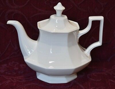 Johnson Bros - Large Teapot - Heritage White