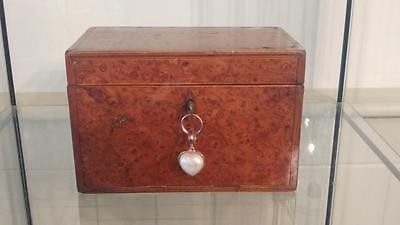 Rare Handsome Georgian Burr Walnut Veneer Tea Caddy c1760+