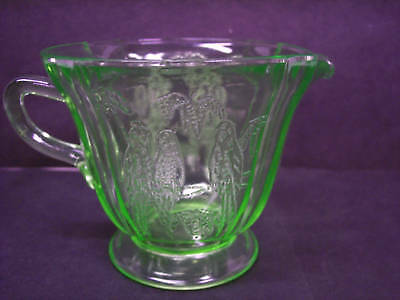 FEDERAL GREEN DEPRESSION  Glass PARROT CREAMER 1931
