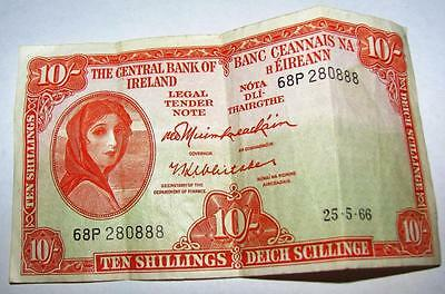 10 Shillings / Ten Shillings Note Central Bank of Ireland 25/5/66
