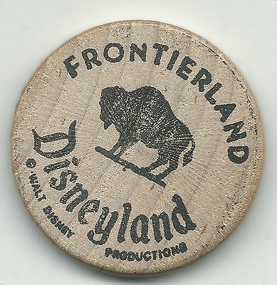 High Grade Walt Disney Disneyland Frontierland Wooden Nickel-Jul366