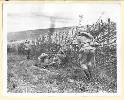 1943 Russian Troops in Fight for Village A North Caucasus Original News Photo
