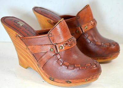 (Size 8 B) 1970s Vintage QualiCraft PLATFORM WEDGE Mules Clogs